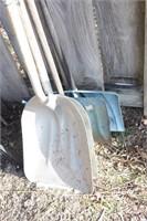 4pcs - 2 aluminum scoops, 2 snow shovels