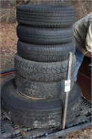 Pallet of tires - 1 semi tire on rim