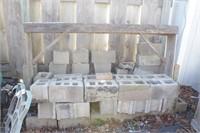 Bricks & cinderblock / cement block 30+pcs