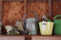 garden lot - watering cans, decorations & sprinklr