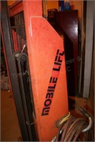 mobile lift powered pallet jack