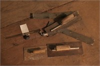 Trowels & cement tools