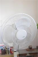 oscillating fan