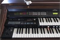 Roland Music Atelier electric organ