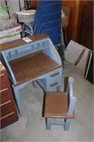 Children's roll top desk & chair