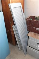 Decorative metal shutters (8pcs)