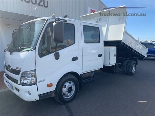 2012 Hino 300 Series 816 Crew Auto South West Isuzu - Trucks for Sale