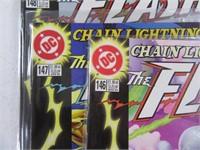 Lot (26) Comic Books Flash