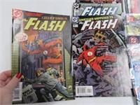 Lot (27) Comic Books Flash