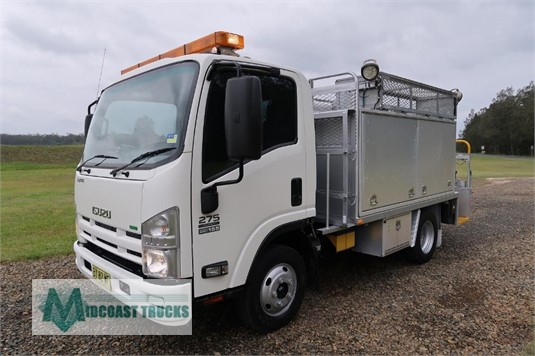 2013 Isuzu NPR 200 Short Midcoast Trucks - Trucks for Sale