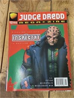 (20) Selection of Judge Dredd Megazines