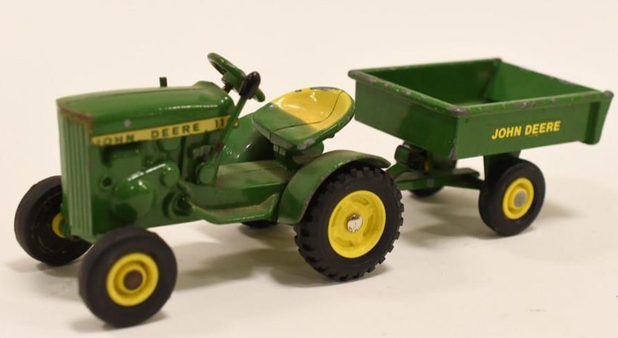 Vintage Ertl John Deere 110 Lawn Tractor Wagon Kraft Auction Service