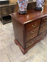 GORGEOUS PENNSYLVANIA HOUSE DRESSER