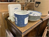 LOT OF VTG CHINESE BLUE AND WHITE/ BRUSH POT MORE