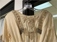 ANTIQUE VICTORIAN ERA DRESS / TURN OF THE CENTURY