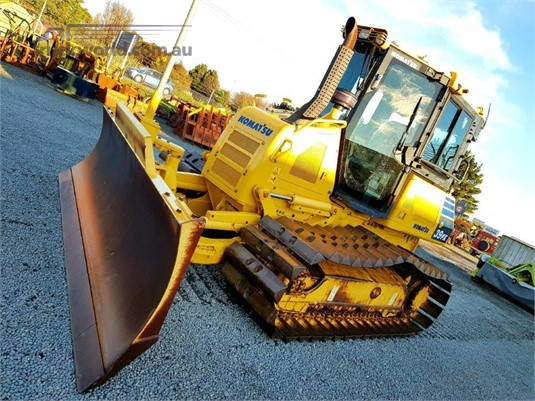 2014 Komatsu D39PX-23 - Heavy Machinery for Sale