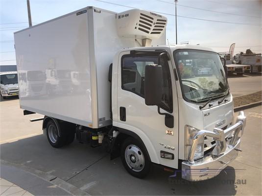 2018 Isuzu NLR Gilbert and Roach  - Trucks for Sale