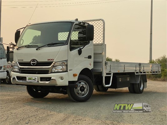 2015 Hino 300 Series 921 National Truck Wholesalers Pty Ltd - Trucks for Sale