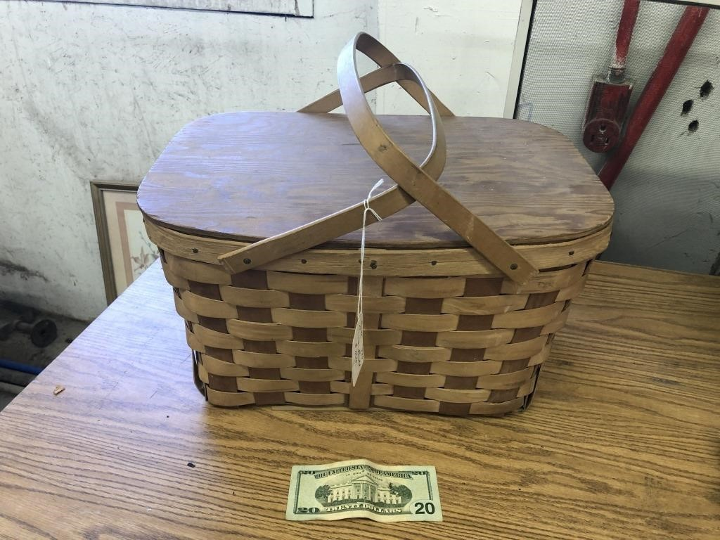 Picnic Basket Big D S Auctions