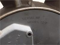 Vintage Maytag Eisemann Model 72 D Twin 2