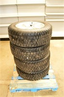 "Set of  (4) Avalanche X-Treme 20"" Tires"