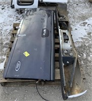Ford F150 Tailgate and Bumper