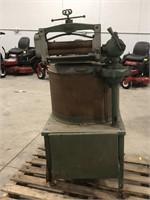 Antique Voss Floto-Plane  Wringer Washing Machine