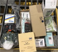 Lot of electronics, includes small blenders,