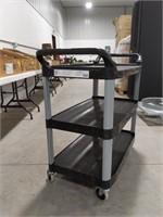 Rubbermaid X-tra Utility Cart Max capacity 300 LB