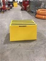500lb capacity single step
