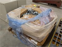 Large pallet of Thomas & Betts 6h4-b of