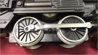 Vintage Lionel O Gauge Train Set Engine and 4
