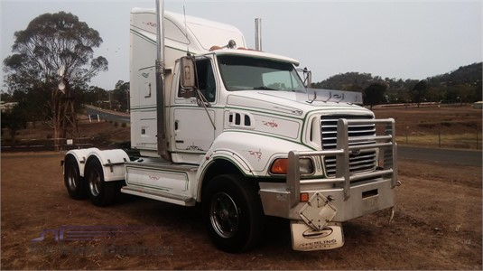 1900 Sterling AT9500 - Trucks for Sale