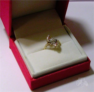14 K Gold Brilliant 1 2 Carat Diamond Dinner Ring Other Items For