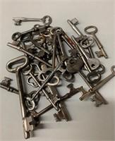 Lot of Many Skeleton Keys