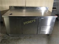 5.5' Refrigerated 3dr Work Table - 66 x 32 x 36
