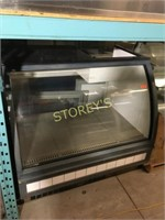 QBD 4' Refrigerated / Cash Counter Display Case