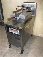 Henny Penny Computron 8000 Gas Pressure Fryer