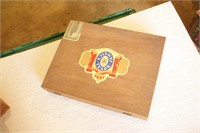 5pc Vintage Wood Cigar Boxes