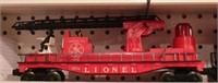 Lionel -  Fire car 2 pcs Set w/ powered engine
