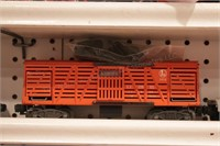 Lionel - Cattle cars, missile cars & red auto - 4p