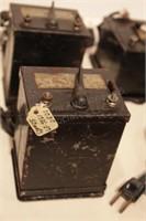 Box of Lionel Transformers - 7pcs