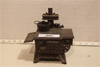 Cast iron small Queen woodstove