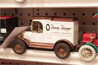 Delivery trucks -4pcs