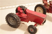 International tractors - 3 pcs