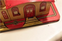 Marx Firehouse & Airplane hanger - 2pcs -