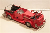 "1950's Doepke Ross moyne Fire truck - 18"" long"