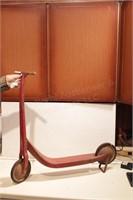 Radio line wood & metal antique scooter