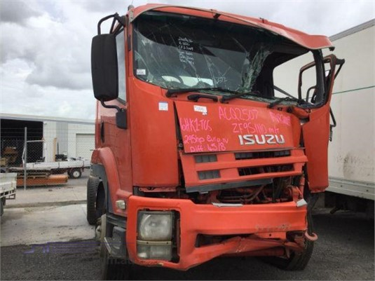 2009 Isuzu FVR Just Isuzu Wrecking - Wrecking for Sale