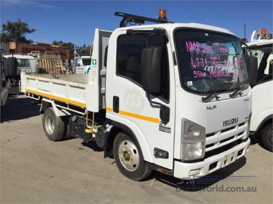 2013 Isuzu NMR Just Isuzu Wrecking  - Wrecking for Sale
